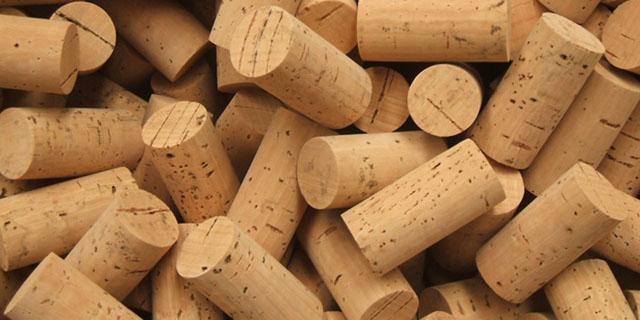 corks-plug-to-export